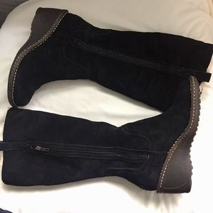 UGG Hartley Tall Black Wedge Boots